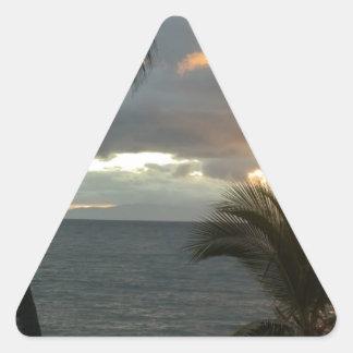 Puesta del sol de Maui Hawaii Pegatina Triangular