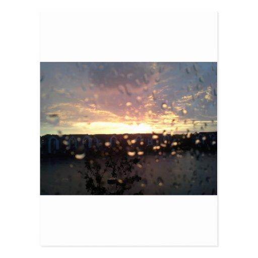 Puesta del sol de Michigan en la lluvia Postal