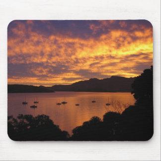 Puesta del sol de Nueva Zelanda Alfombrillas De Ratón