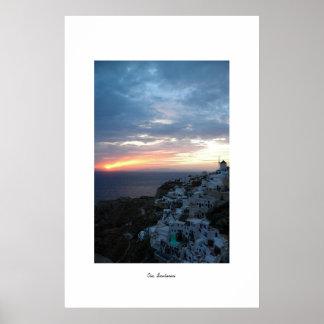 Puesta del sol de Oia Poster