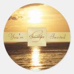Puesta del sol de oro del océano usted es pegatina
