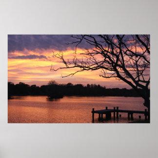 Puesta del sol de Riverhills Posters