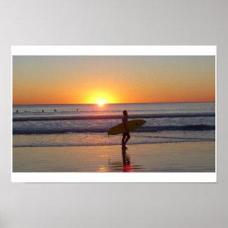 Puesta del sol de San Diego con la persona que pra Poster