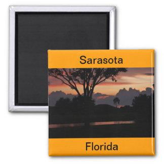 Puesta del sol de Sarasota, la Florida sobre el Imán Cuadrado