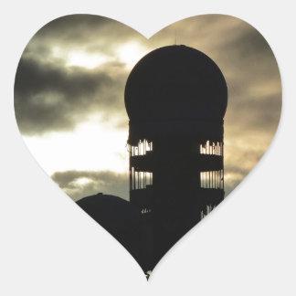 Puesta del sol de Teufelsberg, Berlín Pegatina En Forma De Corazón