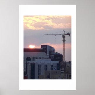 Puesta del sol de trabajo Abu Dhabi UAE Poster