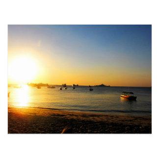 Puesta del sol de Zanzíbar Postales