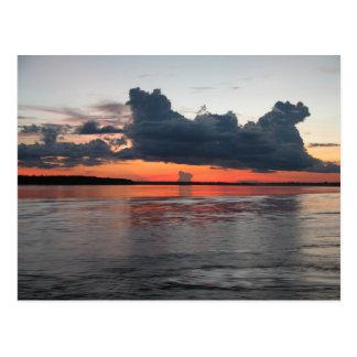 Puesta del sol del Amazonas, Perú Postal