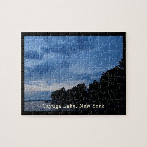 Puesta del sol del azul del lago Cayuga Puzzle