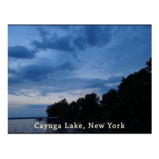 Puesta del sol del azul del lago Cayuga Tarjeta Postal