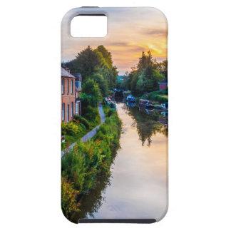 Puesta del sol del canal de Hungerford iPhone 5 Case-Mate Protectores