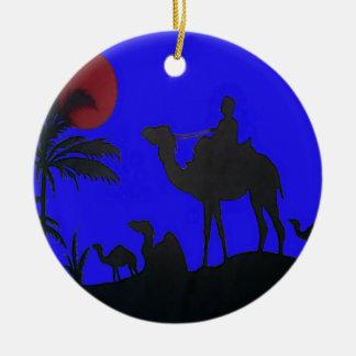 Puesta del sol del cielo azul del safari de Hakuna Ornamento De Navidad
