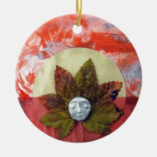 Puesta del sol del equinoccio otoñal - collage adorno redondo de cerámica