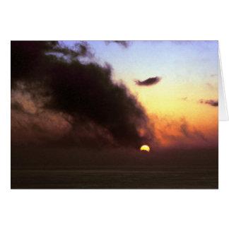 Puesta del sol del equinoccio otoñal del tarjeton