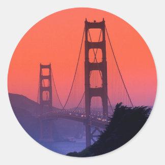 Puesta del sol del Golden Gate Pegatina Redonda