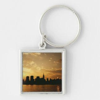 Puesta del sol del horizonte de Nueva York Llavero Cuadrado Plateado