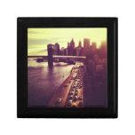 Puesta del sol del horizonte - puente de Brooklyn  Caja De Joyas
