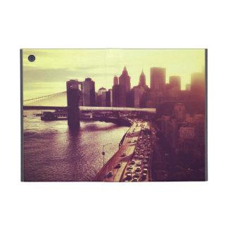 Puesta del sol del horizonte - puente de Brooklyn  iPad Mini Carcasas