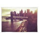 Puesta del sol del horizonte - puente de Brooklyn  Manteles