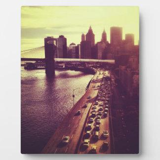 Puesta del sol del horizonte - puente de Brooklyn Placas Con Foto