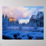 Puesta del sol del invierno en el parque nacional  impresiones