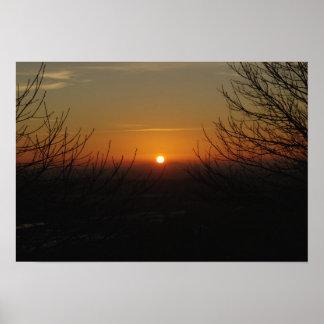 Puesta del sol del invierno sobre Hednesford Póster