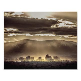 Puesta del sol del invierno sobre Reno Nevada Fotografía