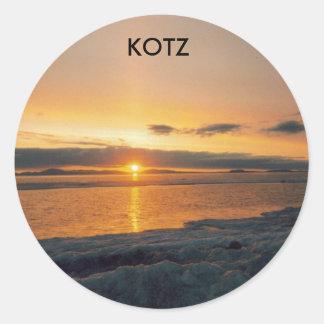 puesta del sol del kotzebue, KOTZ Pegatina Redonda