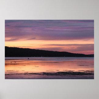 Puesta del sol del lago Cayuga Póster