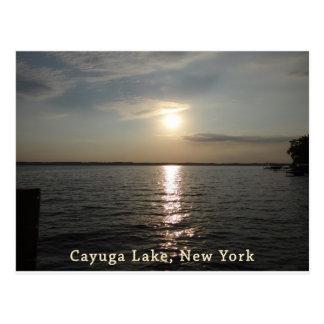 Puesta del sol del lago Cayuga Postales
