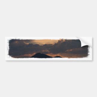 Puesta del sol del lago fish; Ningún texto Pegatina Para Auto
