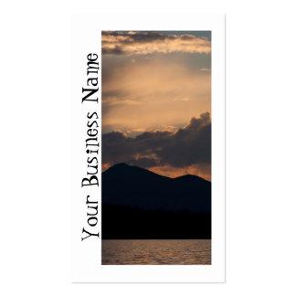 Puesta del sol del lago fish tarjetas de visita