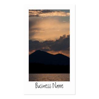 Puesta del sol del lago fish tarjetas de negocios