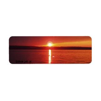 Puesta del sol del lago Hubbard Etiquetas De Remite