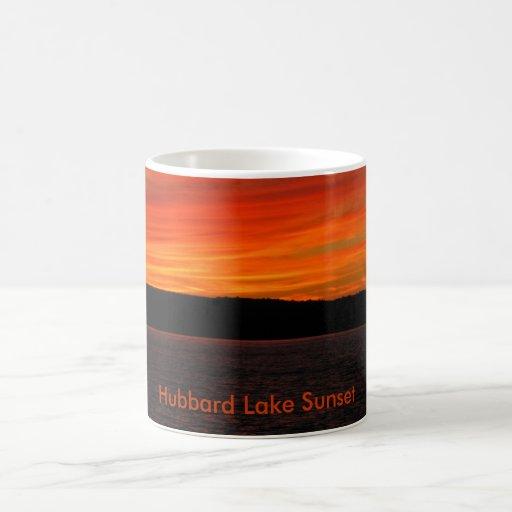 Puesta del sol del lago Hubbard Tazas De Café