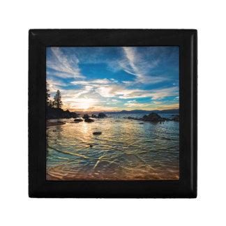 Puesta del sol del lago Tahoe Joyero Cuadrado Pequeño