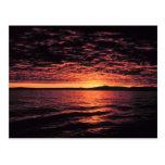 Puesta del sol del mar de Bering Tarjetas Postales