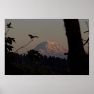 Puesta del sol del Monte Rainier, Tacoma, WA Póster
