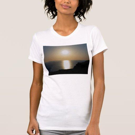 Puesta del sol del norte de la ceniza volcánica de tee shirts