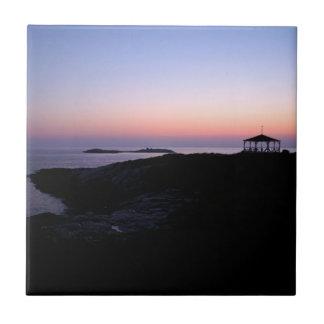 Puesta del sol del océano azulejo cuadrado pequeño