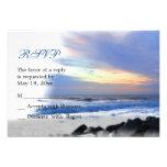 Puesta del sol del océano en la tarjeta de RSVP de Comunicado Personal
