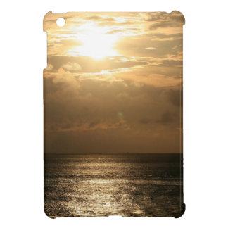 Puesta del sol del océano en sepia