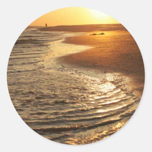 Puesta del sol del océano pegatina redonda