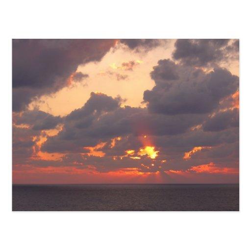 Puesta del sol del océano tarjeta postal