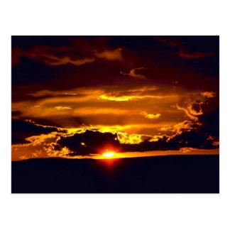 Puesta del sol del parque nacional de las cavernas postales