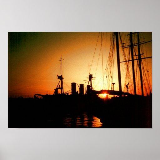 puesta del sol del puerto póster