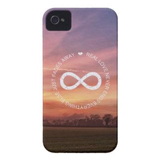 Puesta del sol del rosa del infinito del amor iPhone 4 Case-Mate cárcasa