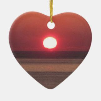 Puesta del sol del sur del invierno de Devon Noss Adorno Navideño De Cerámica En Forma De Corazón