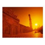 Puesta del sol del Taj Mahal Postal
