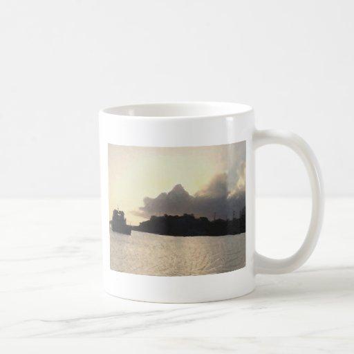 Puesta del sol del transbordador de coche tazas de café